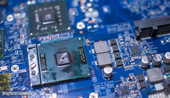 pasta termoconductoare procesor laptop