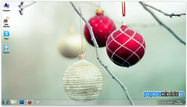 2-tema_de_craciun_oficiala_pentru_windows_7_decorating_the_trees